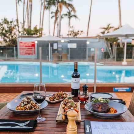 restaurant vacation hotel summer